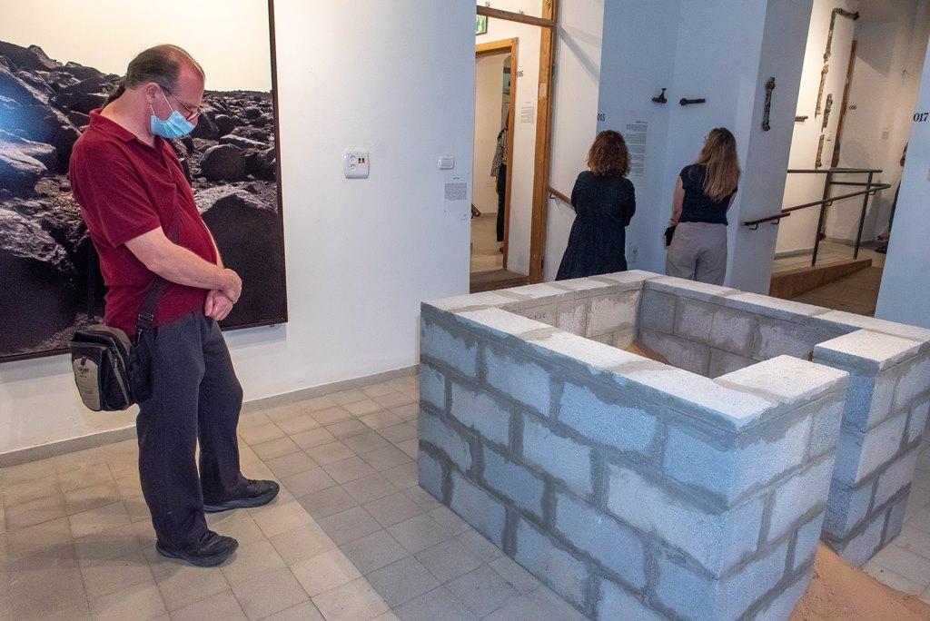"""תערוכת """"מים מרים"""" בגלריה העירונית לאמנות ראשון לציון- צילום: אבי קקון"""